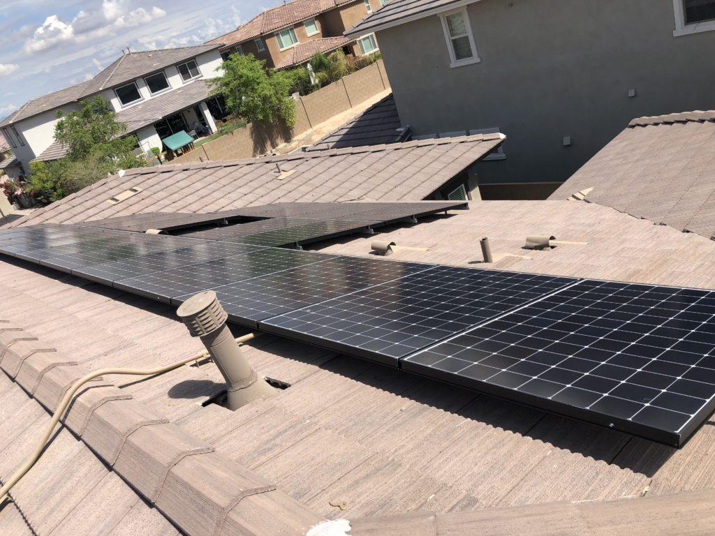 Pigeons love Solar Panels